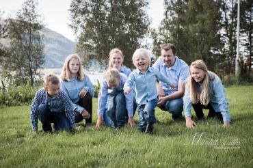 FamilienSeljehaug-014
