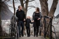 En flott familie på tre, som snart blir fire!